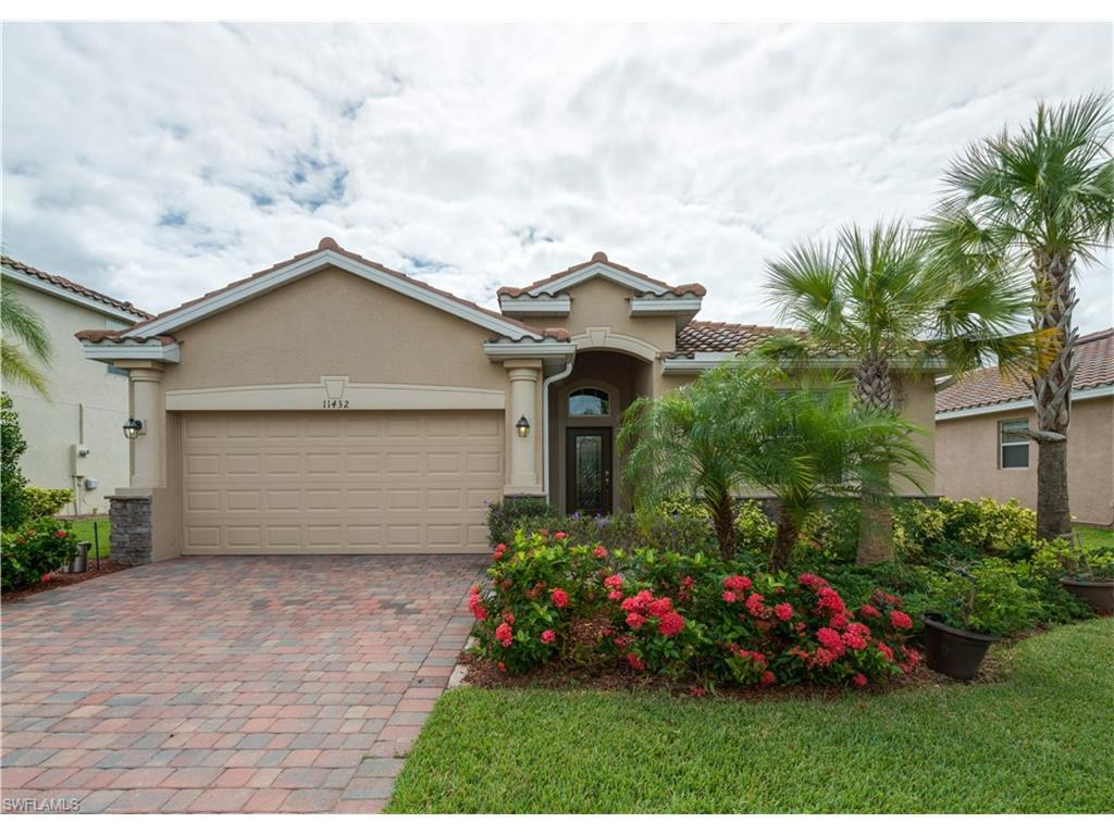 11432 Icarus Cir, Lehigh Acres, FL 33971 (#216064718) :: Homes and Land Brokers, Inc