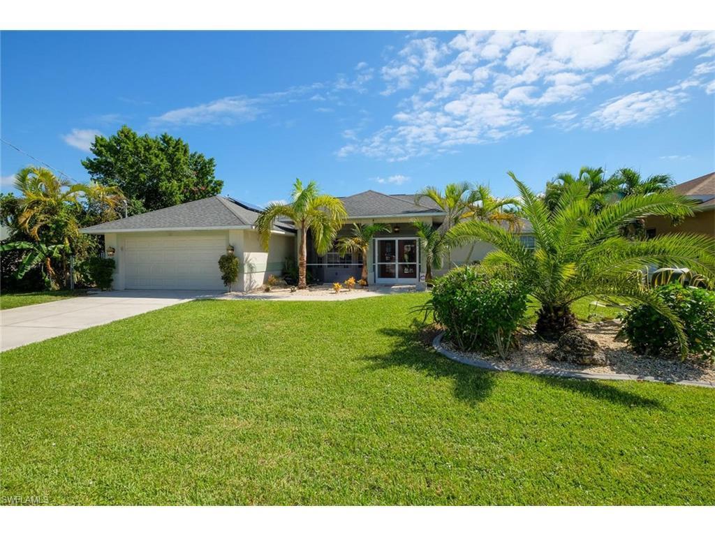 111 SE 16th Pl, Cape Coral, FL 33990 (MLS #216064852) :: The New Home Spot, Inc.