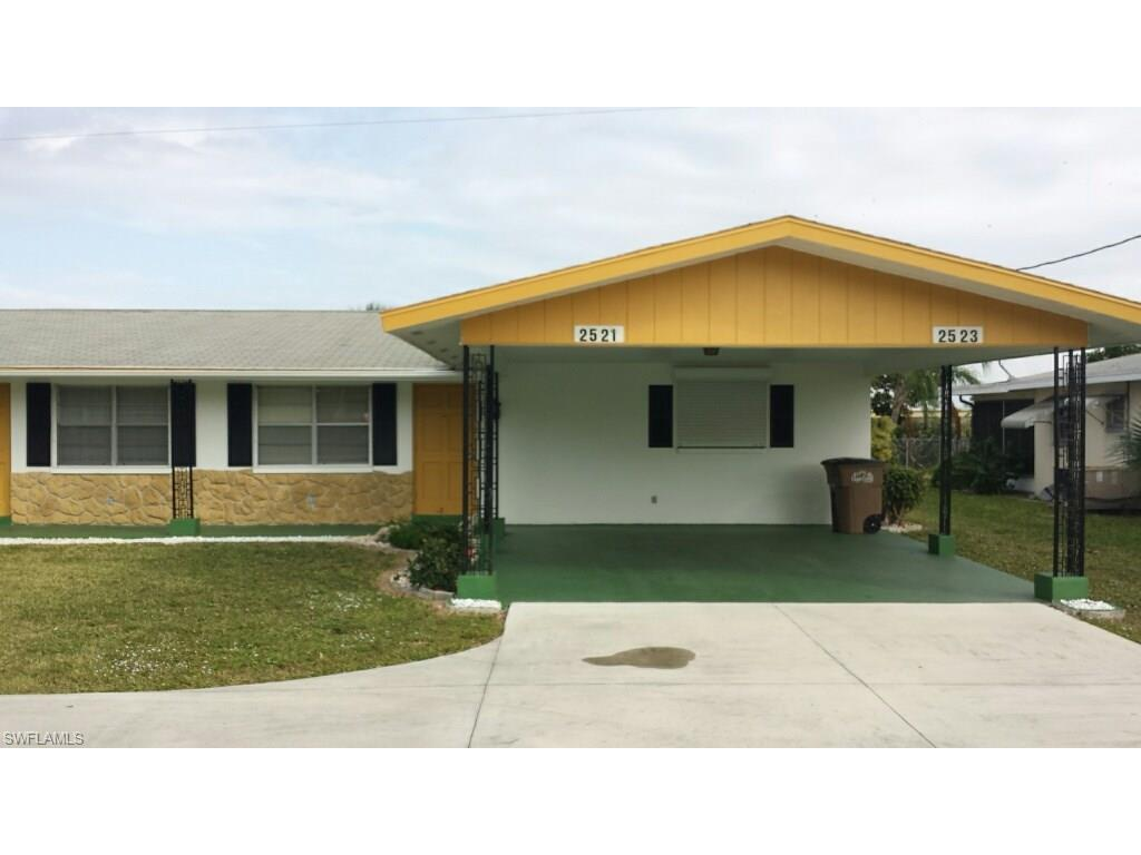 2521 SE 16th Pl, Cape Coral, FL 33904 (#216064972) :: Homes and Land Brokers, Inc