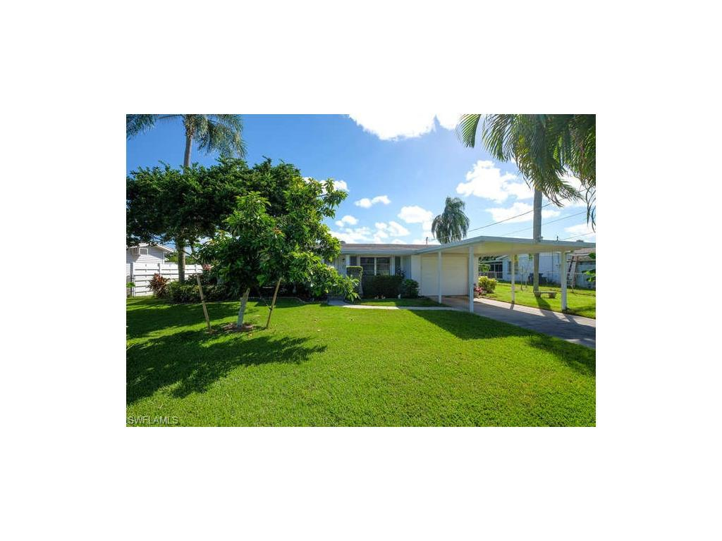 139 Schneider Dr, Fort Myers, FL 33905 (MLS #216065104) :: The New Home Spot, Inc.