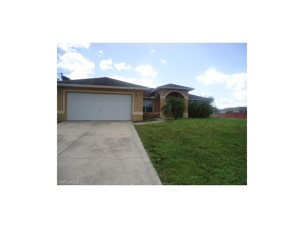 3219 33rd St SW, Lehigh Acres, FL 33976 (#216065163) :: Homes and Land Brokers, Inc
