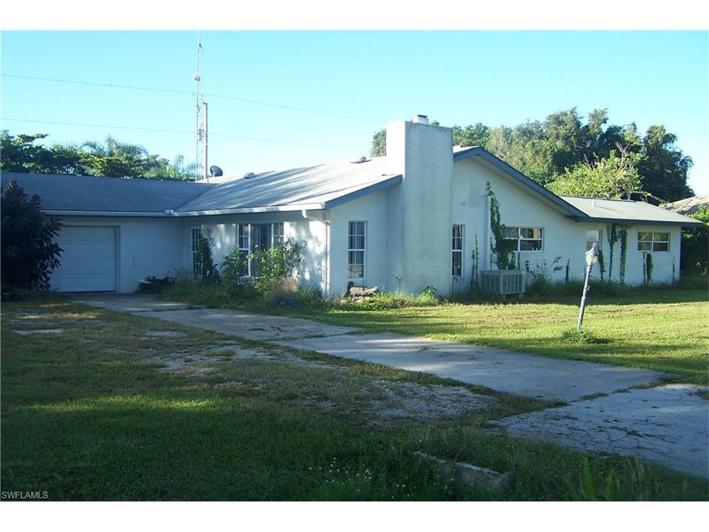 5887 Mackerel Rd, Bokeelia, FL 33922 (MLS #216065166) :: The New Home Spot, Inc.