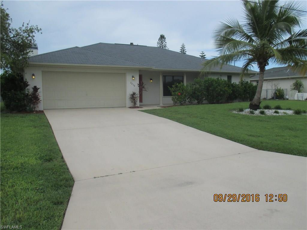 3216 SE 5th Ave, Cape Coral, FL 33904 (#216065299) :: Homes and Land Brokers, Inc