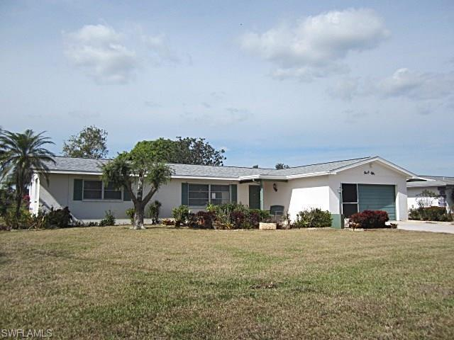 108 Highview Ave, Lehigh Acres, FL 33936 (MLS #218006560) :: The New Home Spot, Inc.
