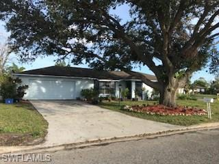 223 Daleview Ave, Lehigh Acres, FL 33936 (MLS #218012564) :: Clausen Properties, Inc.