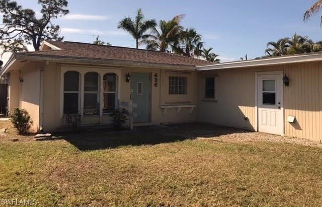 636 106th Ave N, Naples, FL 34108 (MLS #218012782) :: The New Home Spot, Inc.