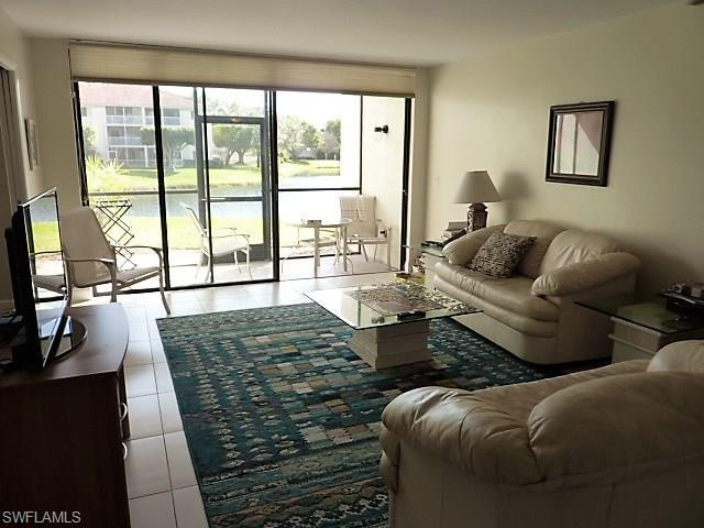 4160 Steamboat Bend E #105, Fort Myers, FL 33919 (MLS #218013741) :: The New Home Spot, Inc.