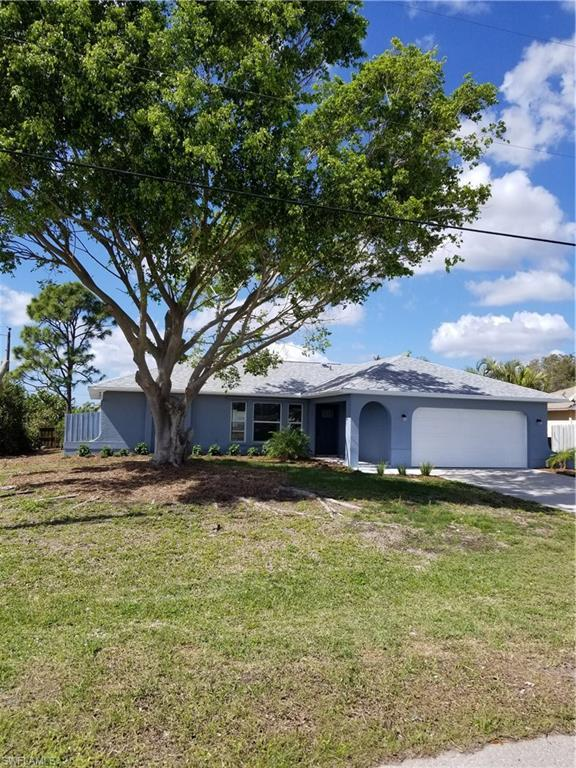 2202 SW 19th Ave, Cape Coral, FL 33991 (MLS #218015996) :: Florida Homestar Team