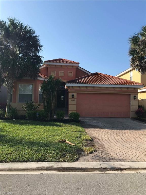 8689 Banyan Bay Blvd, Fort Myers, FL 33908 (MLS #218021606) :: RE/MAX DREAM