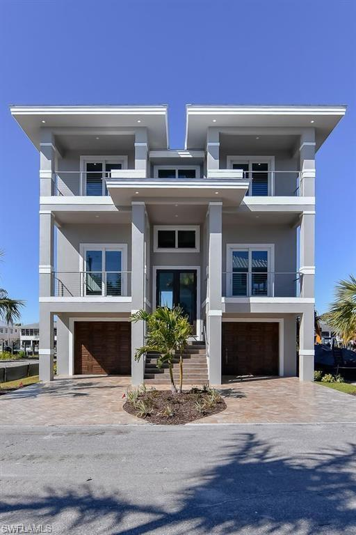 455 Palermo Cir, Fort Myers Beach, FL 33931 (MLS #218027923) :: RE/MAX Realty Group