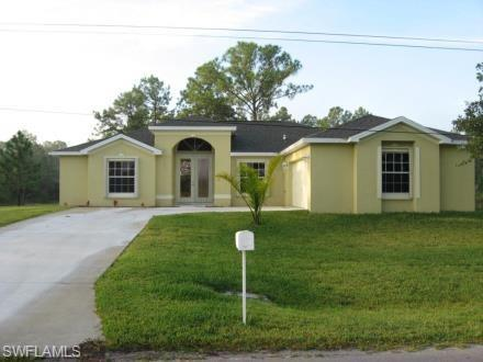 1323 Acacia Ave, Lehigh Acres, FL 33972 (MLS #218029087) :: RE/MAX Realty Group