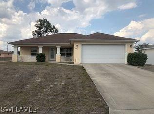 5232 6th St W, Lehigh Acres, FL 33971 (MLS #218031007) :: The New Home Spot, Inc.