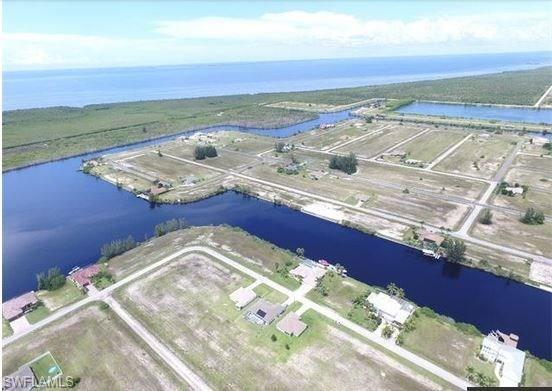 4431 NW 33rd St, Cape Coral, FL 33993 (MLS #218031017) :: The New Home Spot, Inc.
