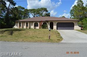 4306 4th St W, Lehigh Acres, FL 33971 (MLS #218031410) :: RE/MAX Realty Team