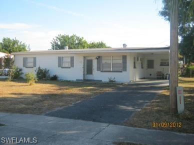 882 Java Plum Ave, North Fort Myers, FL 33903 (MLS #218031698) :: The New Home Spot, Inc.