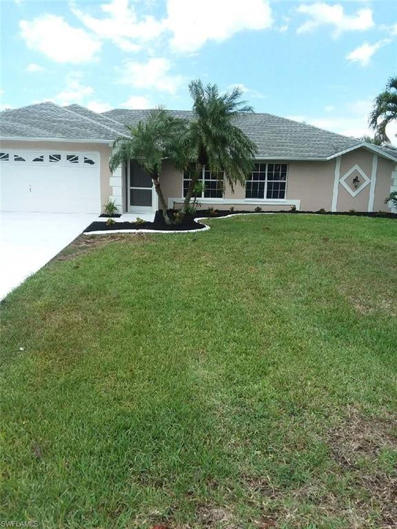 2113 SW 39th Ter, Cape Coral, FL 33914 (MLS #218037383) :: Kris Asquith's Diamond Coastal Group