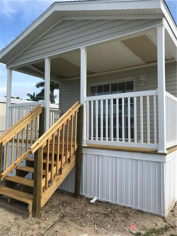 12910 Spencer St, Fort Myers, FL 33908 (MLS #218037732) :: Clausen Properties, Inc.