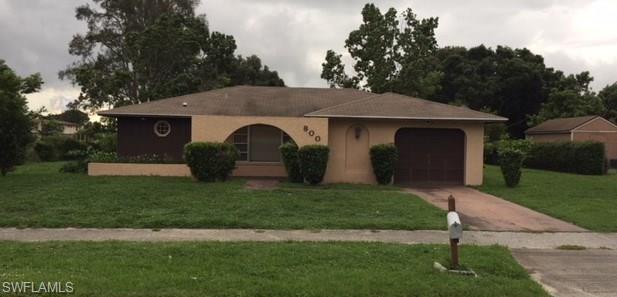 800 W Alverdez Ave, Clewiston, FL 33440 (MLS #218043505) :: Clausen Properties, Inc.