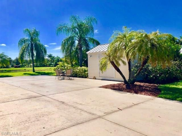 3016 E Riverbend Resort Blvd, Labelle, FL 33935 (MLS #218045540) :: RE/MAX DREAM