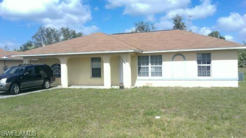 3245 Dora St, Fort Myers, FL 33916 (MLS #218046969) :: Clausen Properties, Inc.