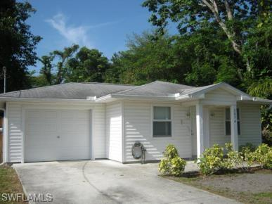 3854 Washington Ave, Fort Myers, FL 33916 (MLS #218047222) :: Clausen Properties, Inc.