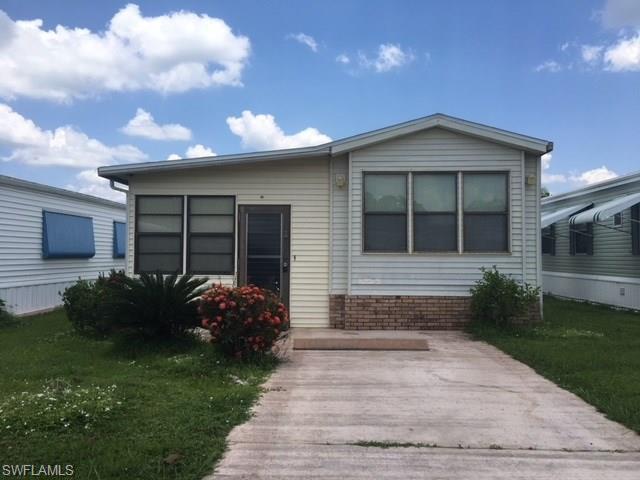 53 La Fonda Ln, North Fort Myers, FL 33903 (MLS #218047893) :: RE/MAX DREAM