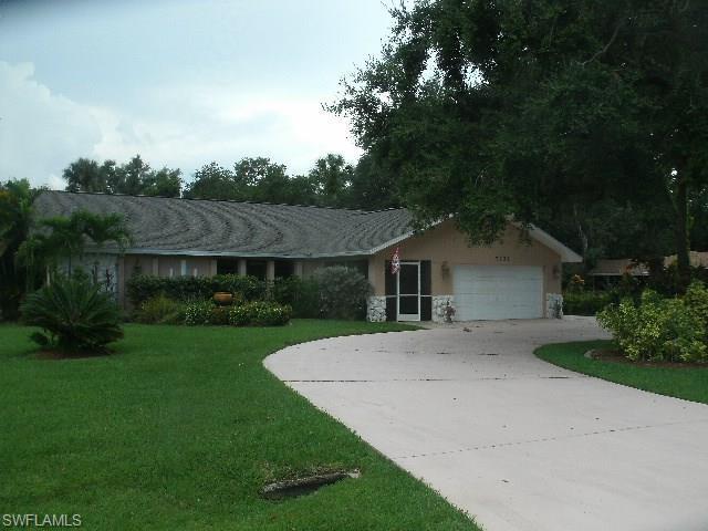 7332 Sean Ln, North Fort Myers, FL 33917 (MLS #218048160) :: RE/MAX DREAM