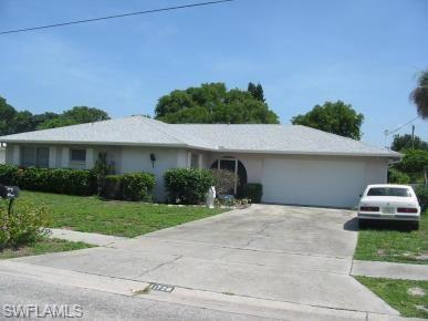 1728 W Bluewater Ter, North Fort Myers, FL 33903 (MLS #218052582) :: The New Home Spot, Inc.
