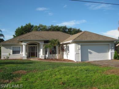 1440 Graham Cir, Lehigh Acres, FL 33936 (MLS #218053634) :: RE/MAX Realty Team