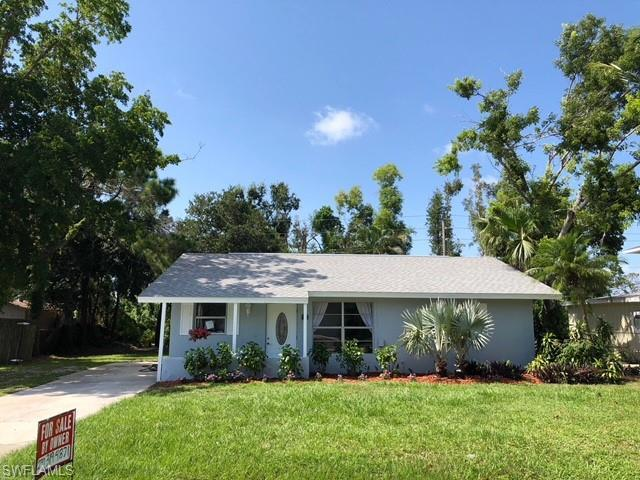 8038 Matanzas Rd, Fort Myers, FL 33967 (MLS #218054627) :: The Naples Beach And Homes Team/MVP Realty