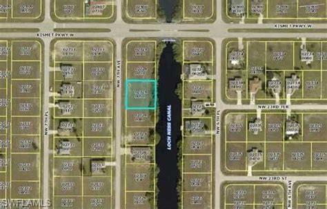 2303 NW 7th Pl, Cape Coral, FL 33993 (MLS #218054809) :: The Naples Beach And Homes Team/MVP Realty