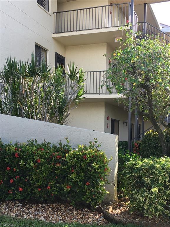 11220 Caravel Cir #201, Fort Myers, FL 33908 (MLS #218057668) :: RE/MAX DREAM