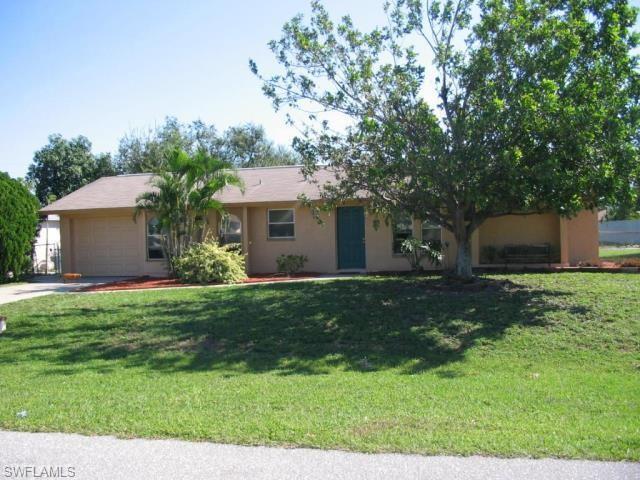 134 Connecticut Ave, Fort Myers, FL 33905 (MLS #218059257) :: Clausen Properties, Inc.