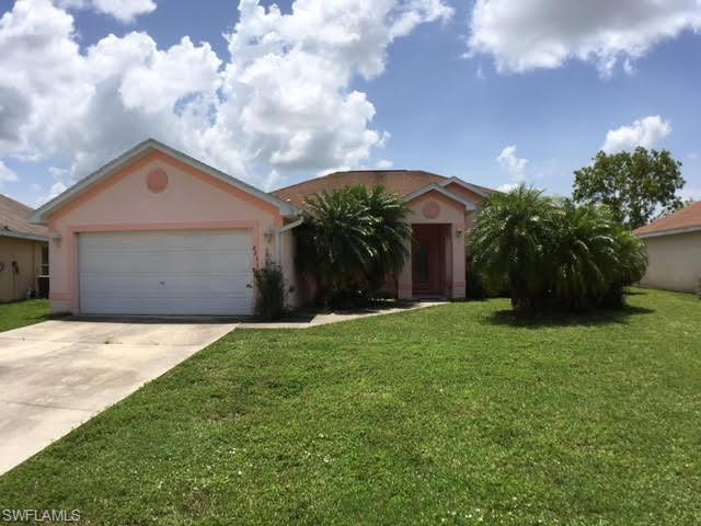 8231 Liriope Loop, Lehigh Acres, FL 33972 (MLS #218059278) :: RE/MAX DREAM
