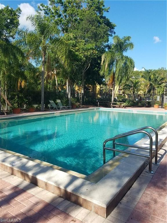 2875 Winkler Ave #506, Fort Myers, FL 33916 (MLS #218059492) :: Clausen Properties, Inc.
