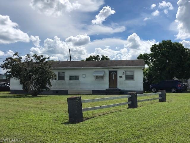 342 E Alverdez Ave, Clewiston, FL 33440 (MLS #218060616) :: RE/MAX Realty Team
