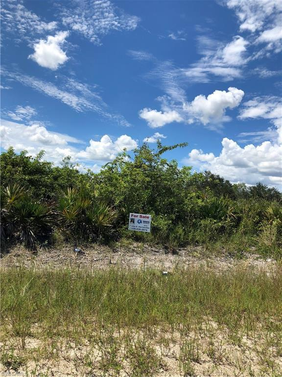 7716 2nd Pl, Other, FL 33935 (MLS #218061453) :: RE/MAX Realty Team