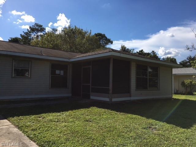 15746 Treasure Island Ln, Fort Myers, FL 33905 (MLS #218061769) :: RE/MAX DREAM