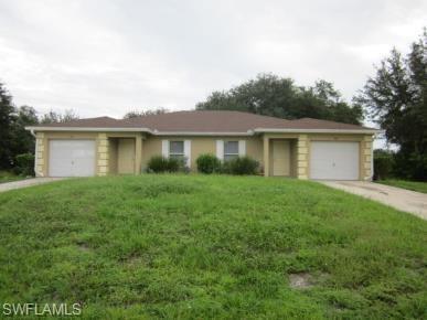 1105 Ivan Ave S, Lehigh Acres, FL 33973 (#218062237) :: Jason Schiering, PA