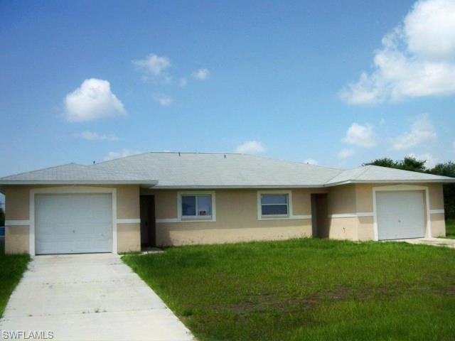 2401 Xelda Ave N, Lehigh Acres, FL 33971 (#218062258) :: Jason Schiering, PA