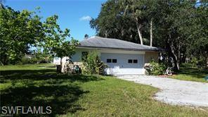 7160 Shannon Blvd, Fort Myers, FL 33908 (MLS #218064131) :: RE/MAX Realty Team