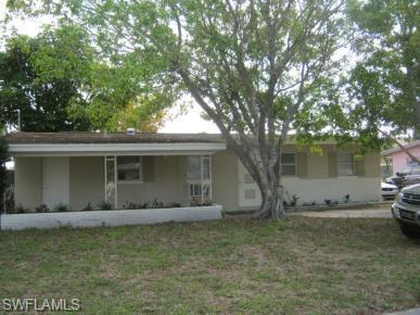 3547 Royal Palm Ave, Fort Myers, FL 33901 (MLS #218069839) :: John R Wood Properties