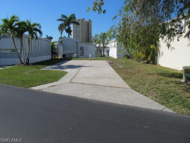 19681 Summerlin #587 Rd, Fort Myers, FL 33908 (MLS #218071735) :: The Naples Beach And Homes Team/MVP Realty
