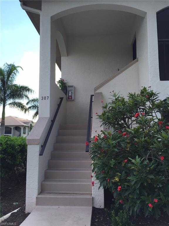 13275 Whitehaven Ln #307, Fort Myers, FL 33966 (MLS #218073445) :: The Naples Beach And Homes Team/MVP Realty
