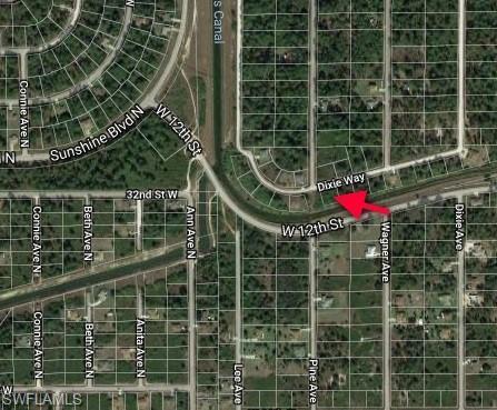 2013 Dixie Way, Lehigh Acres, FL 33972 (MLS #218075361) :: Clausen Properties, Inc.