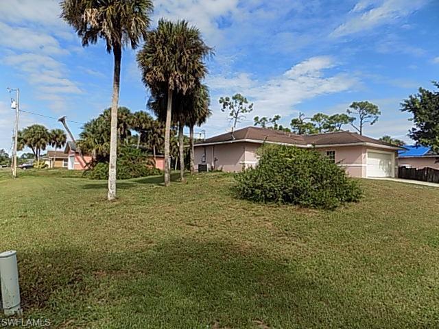 1245 Amherst St E, Lehigh Acres, FL 33974 (MLS #218075712) :: Clausen Properties, Inc.