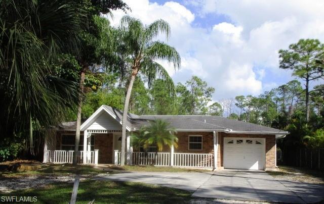 1160 Oakes Blvd, Naples, FL 34119 (MLS #218075727) :: Clausen Properties, Inc.