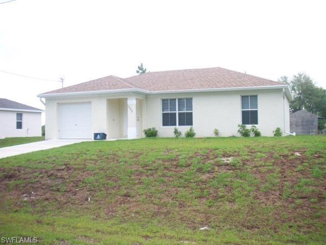 3002 46th St SW, Lehigh Acres, FL 33976 (MLS #218075901) :: Clausen Properties, Inc.