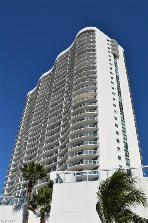 3040 Oasis Grand Blvd #1005, Fort Myers, FL 33916 (MLS #218078017) :: RE/MAX Realty Team