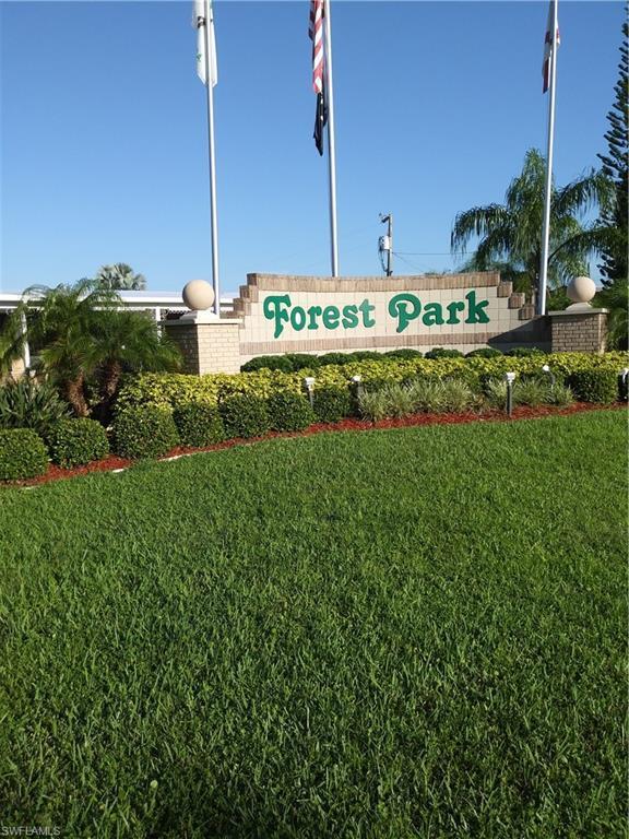 317 Shrub Ln S, North Fort Myers, FL 33917 (#218079250) :: The Key Team